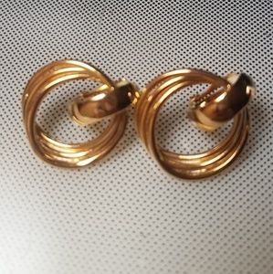 Golden twist rings clip earrings